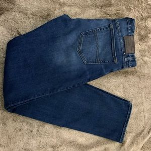 PRICE DROP! Men's Lucky Brand 121 Slim Jeans32/34!